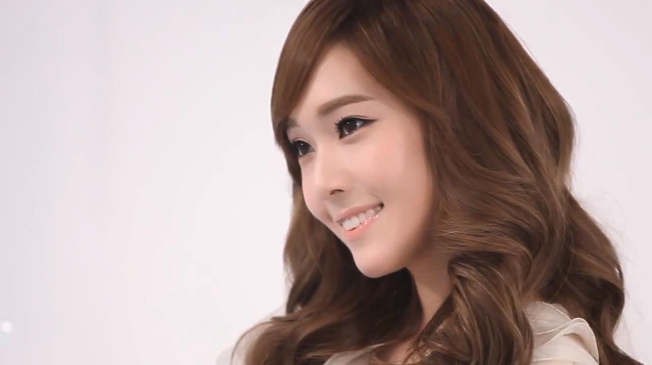 Chinese Cute Girl Hd Wallpaper Top 5 Reasons Fans Love Jessica Jung Daily K Pop News
