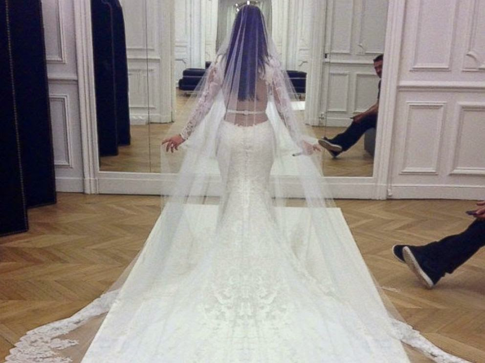 Kim Kardashian And Kanye West Official Wedding Pictures