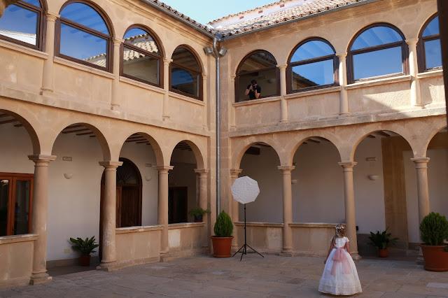 Claustro de la Iglesia de Santa María de Sabiote en Jaén, Andalucía (España)
