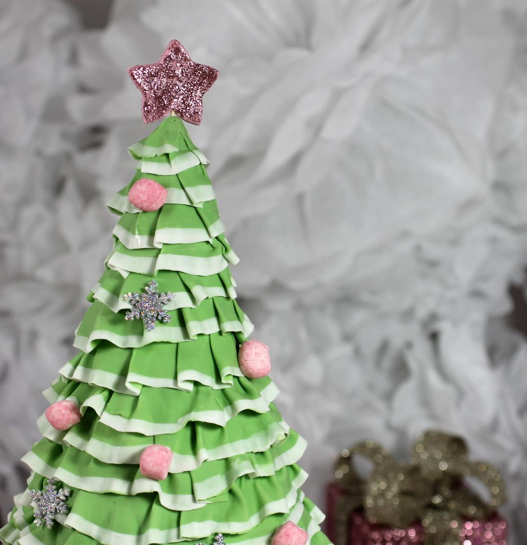 Bubble And Sweet Pretty Layered Ruffle Christmas Tree Cake
