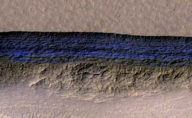 Depositos de água em Marte - Mars Reconnaissance Orbiter