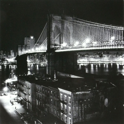 http://oldnewyorklandia.tumblr.com/post/141974375704/richard-gordon-brooklyn-bridge1986