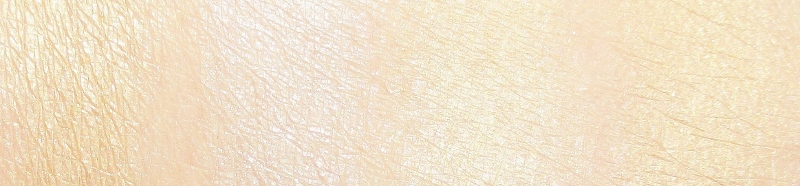 my-favorite-highlighters-for-fair-and-mature-skin-swatches-1