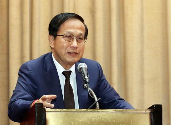 Pan Sorasak, ministre du Commerce.