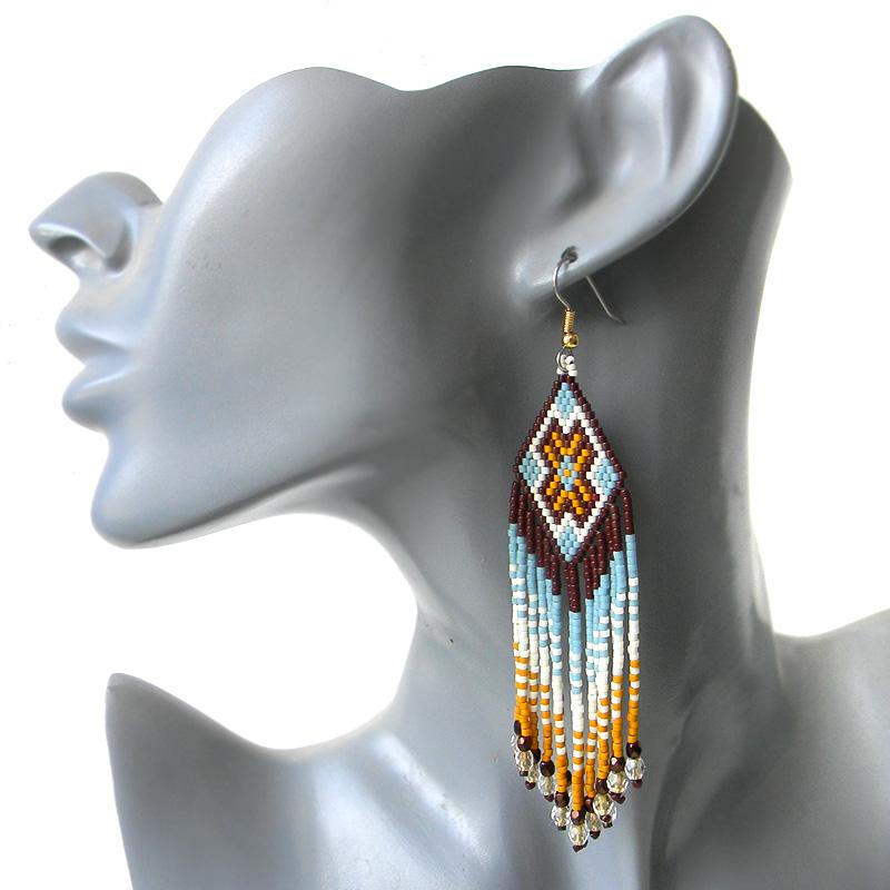 купить интересные сережки в этническом стиле необычные украшения из бисера