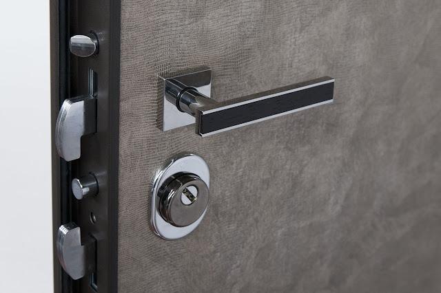 Quanto costa cambiare la serratura della porta blindata