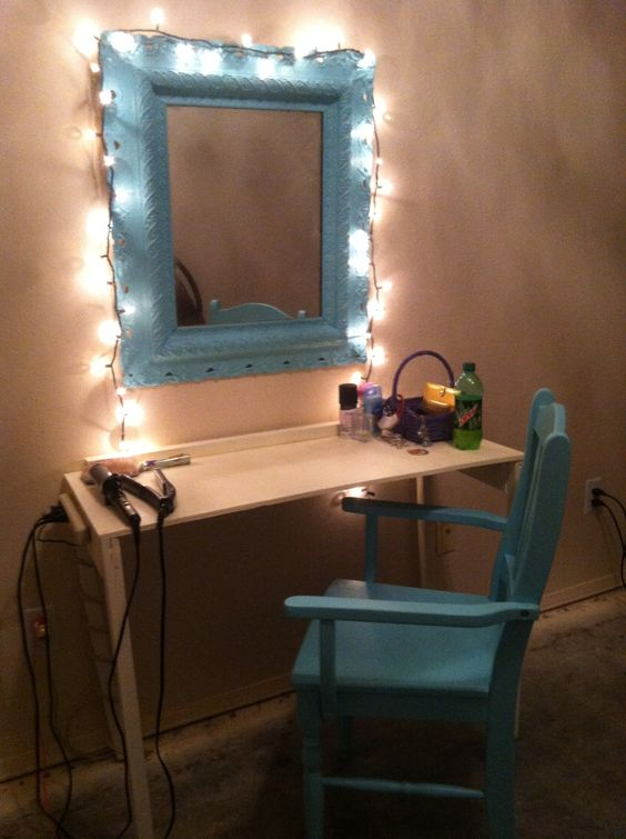 Make Up Mirror Ideas To Reflect Your Style