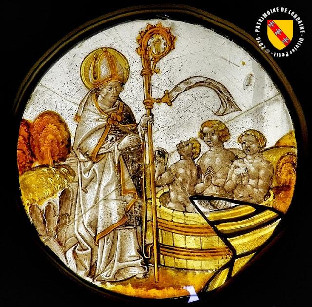Saint-Nicolas (1ère moitié du XVIe siècle) - Musée Lorrain à Nancy (54)  Vitrail provenant de l'ancienne église de Maxéville