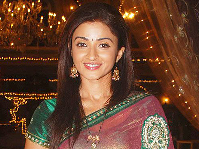 Suhasi Dhami high definition images and wallpapers