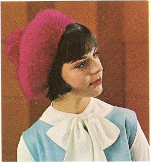 Free Beret Knitting Pattern from Coats Clarks Book 147