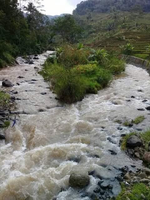 Sungai Handiwung, Sungai Yang Menyimpan Cerita