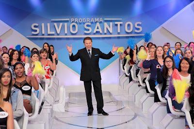 Silvio anima o auditório (Crédito: Lourival Ribeiro/SBT)