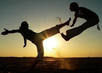 cara-membangkitkan-tenaga-dalam-tanpa-guru,-cara-memukul-dengan-tenaga-dalam,-cara-mengeluarkan-tenaga-dalam-bagi-pemula,