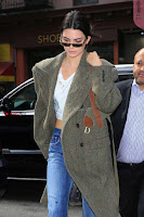 Kendall-Jenner-Seen-out-in-NYC-05+%7E+SexyCelebs.in+Exclusive.jpg