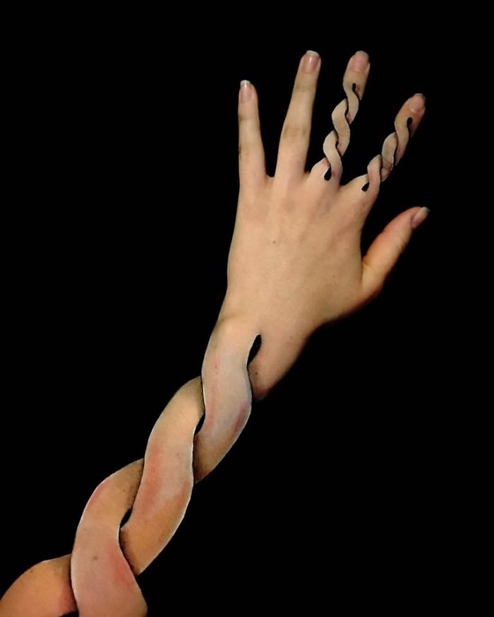 05-Lisha-Simpson-Using-Body-Painting-to-Create-Optical-Illusions-www-designstack-co