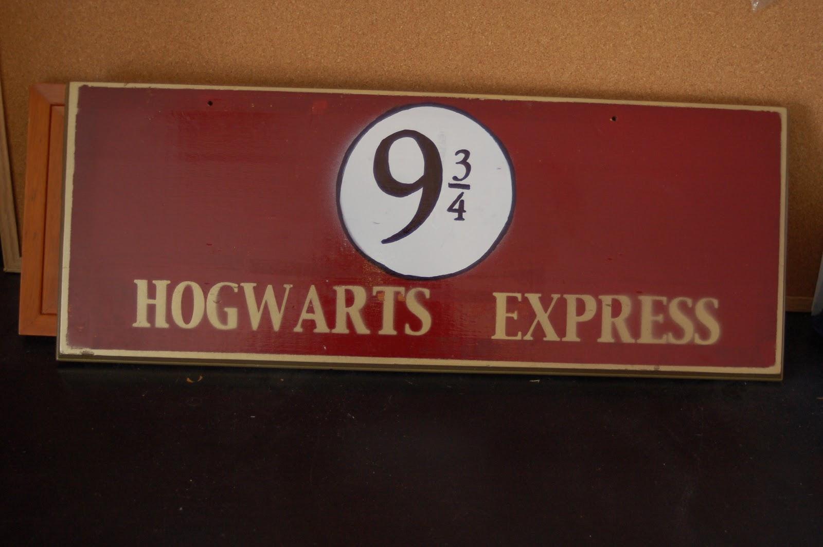 shorties funny farm: ::hogwarts express::