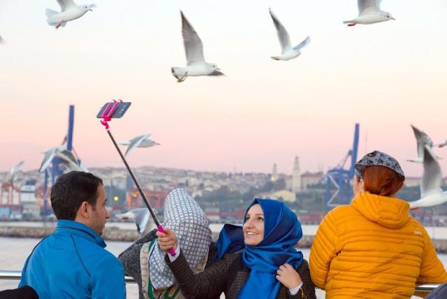 Halal Tourism, Peluang Bisnis Yang Menjanjikan Namun Belum Dioptimalkan