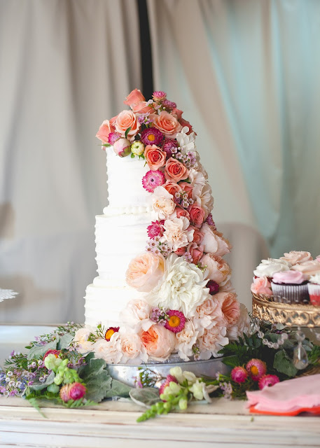 Wedding cake with flowers cascading, Peach and Navy Blue wedding part 2- The Cake, The Style Sisters,Madison Larsen Photography, Party Pail,  Wedding cake with fresh flowers,Peach and Navy Blue wedding part 2- The Cake, The Style Sisters,Madison Larsen Photography, Party Pail,  Wedding cake with fresh flowers