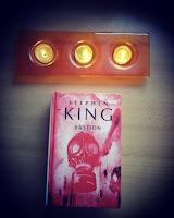 """Zagłada biologiczna, czyli """"Bastion"""" Stephena Kinga"""