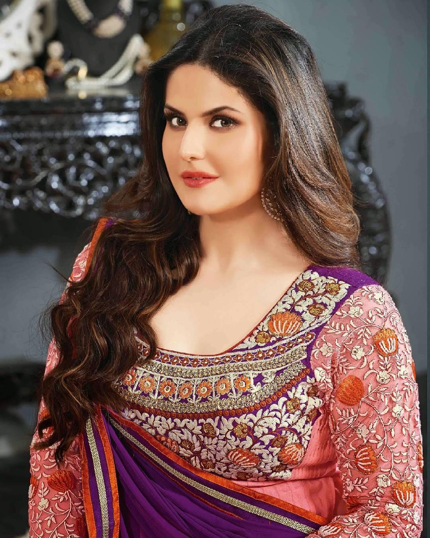Zarine Khan Photo | Zareen Khan Images | Zarine Khan Hot Pics - HD Actress Photo