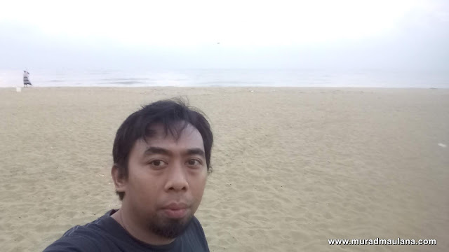 Pantai Negombo Sekitar Golden Star Beach Hotel