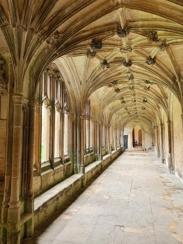 Abbaye de Lacock dans les Cotswolds en Angleterre - lieux de tournage des films Harry Potter