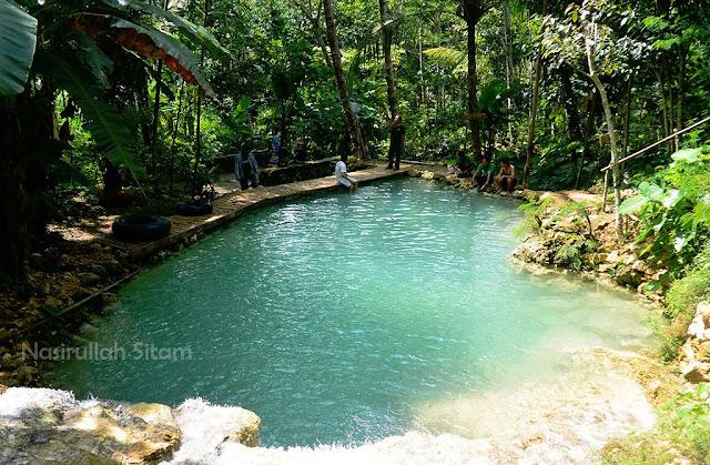 Pemandangan di Taman Sungai Mudal Kulon Progo