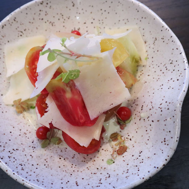 Simple tomato, Josef Cheese