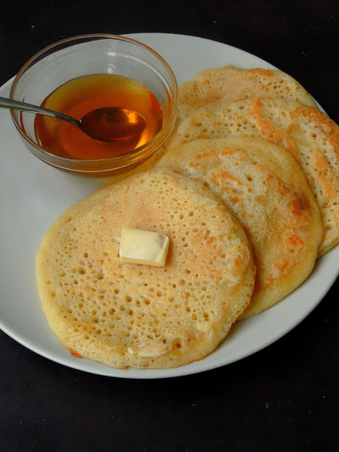 Yeasted Emirati Pancakes, Chebabs