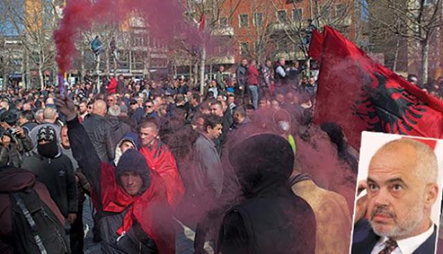 Η Αλβανία απειλείται με εμφύλιο!