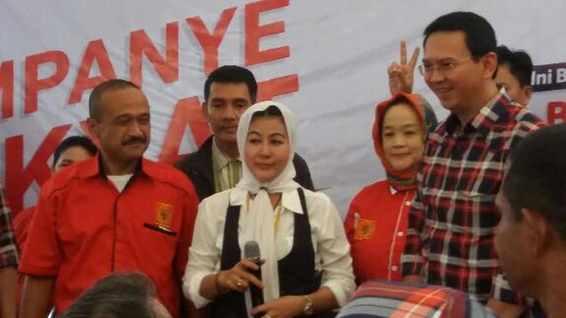 Hasnaeni Moein alias Wanita Emas mendukung Ahok
