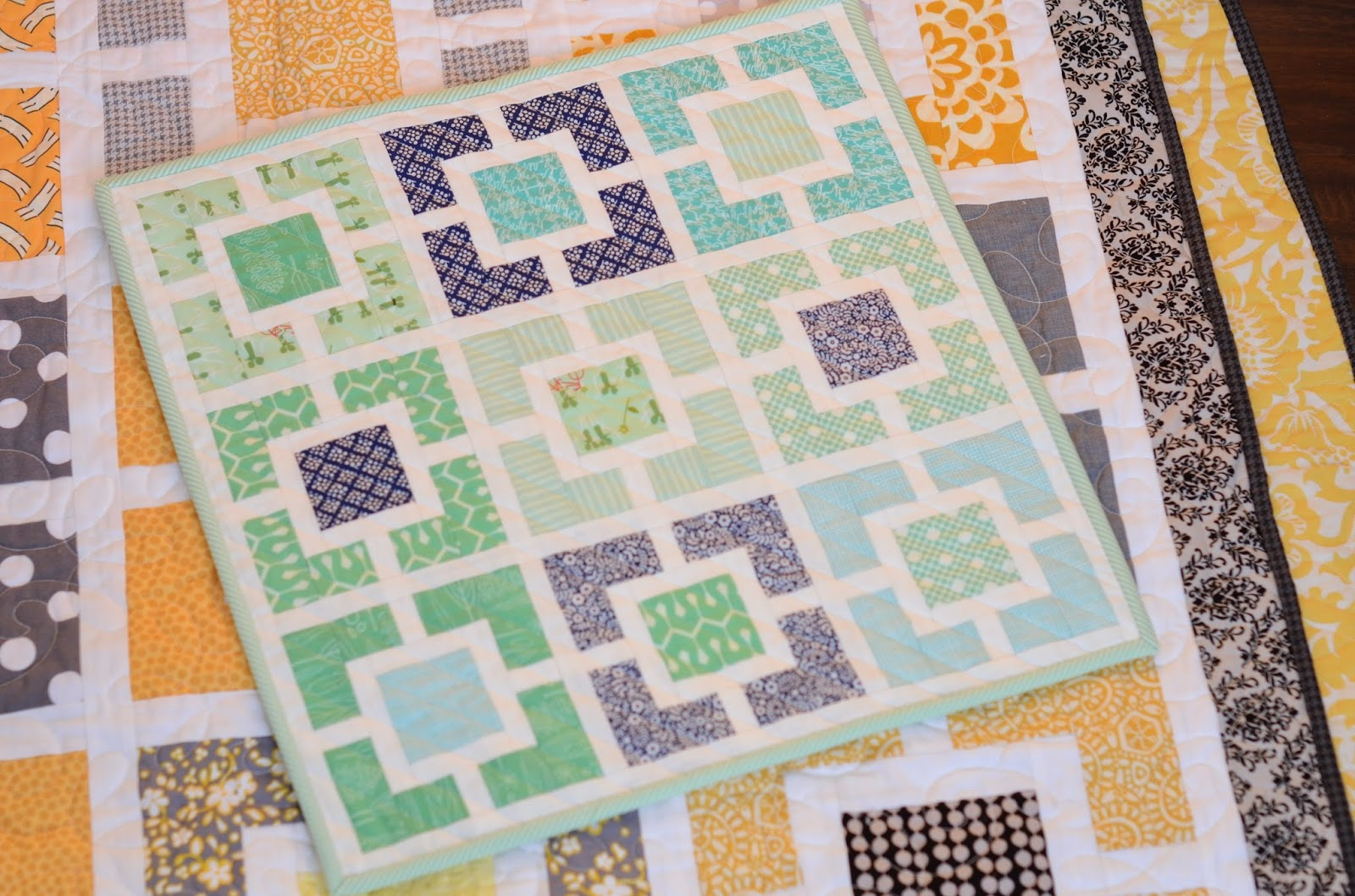 Hyacinth Quilt Designs: More Minis