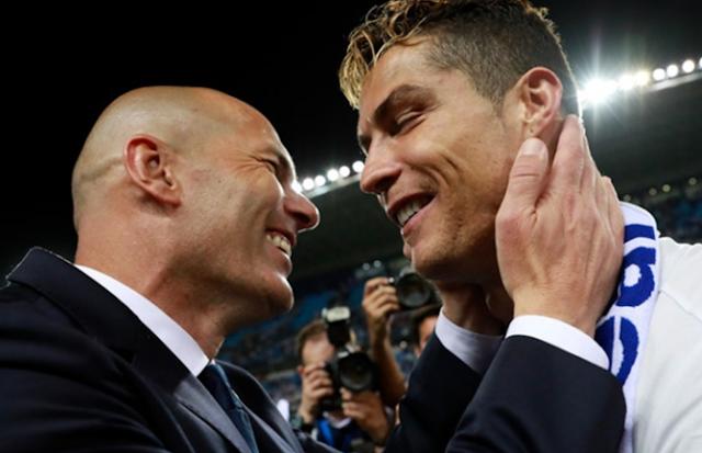 AGEN BOLA - Pelatih Real Madrid Tak Ingin Kehilangan Cristiano Ronaldo