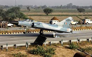 Mirage-2000 fighter, Yamuna Expressway, Indian Air Force, IAF, iaf 759