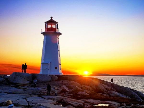 Beautiful Lighthouses around the World - Peggys Point Lighthouse, Nova Scotia, Canada