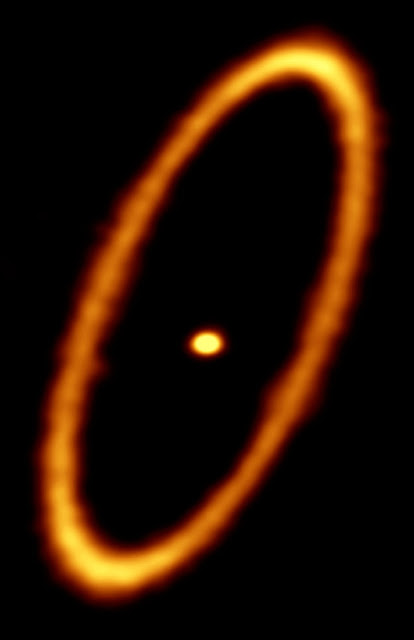 Icy ring surrounds young planetary system