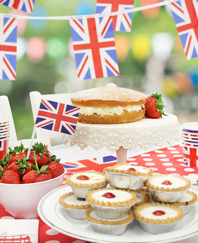 Royal Wedding Garden Party Ideas - happy loves rosie