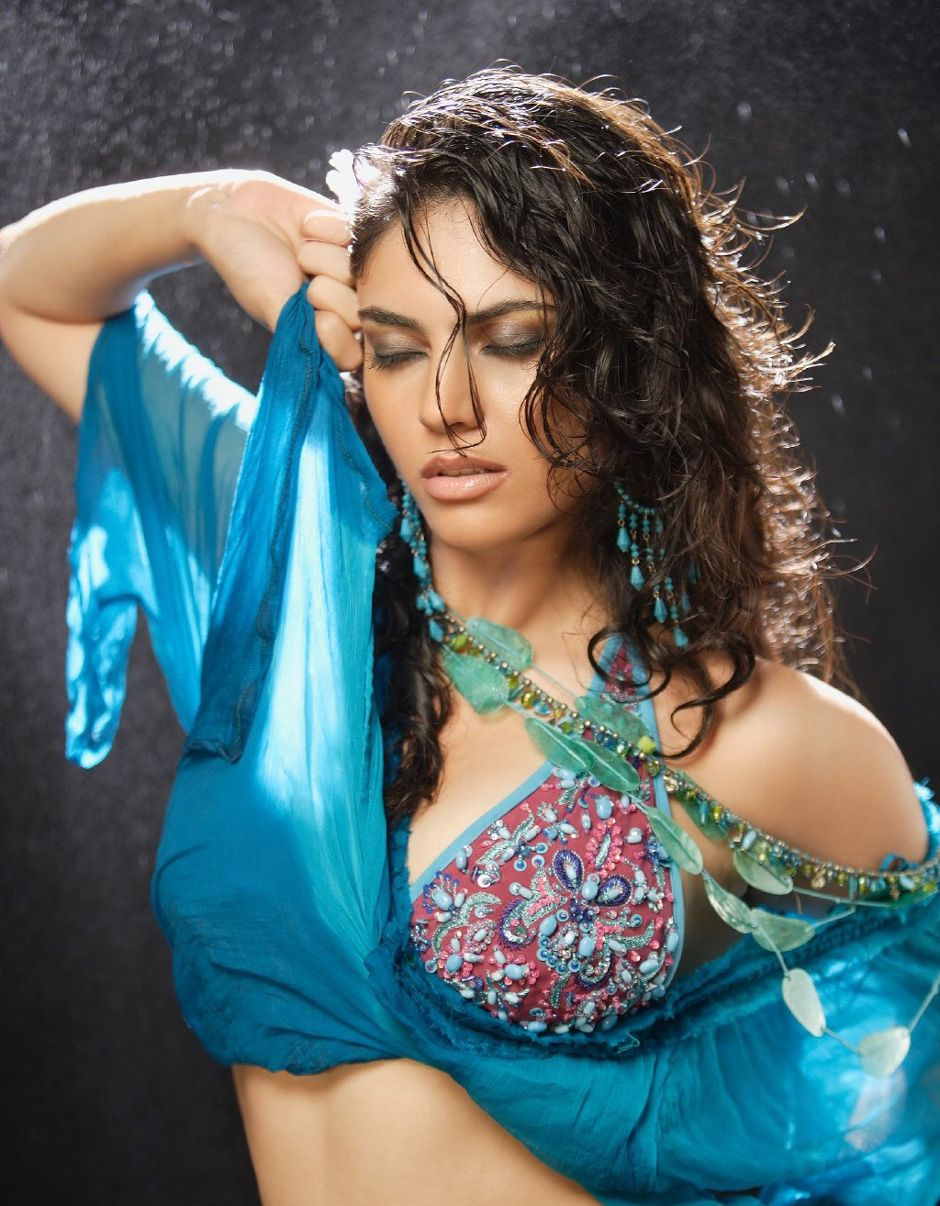 Model sherin in super hot photo shoot