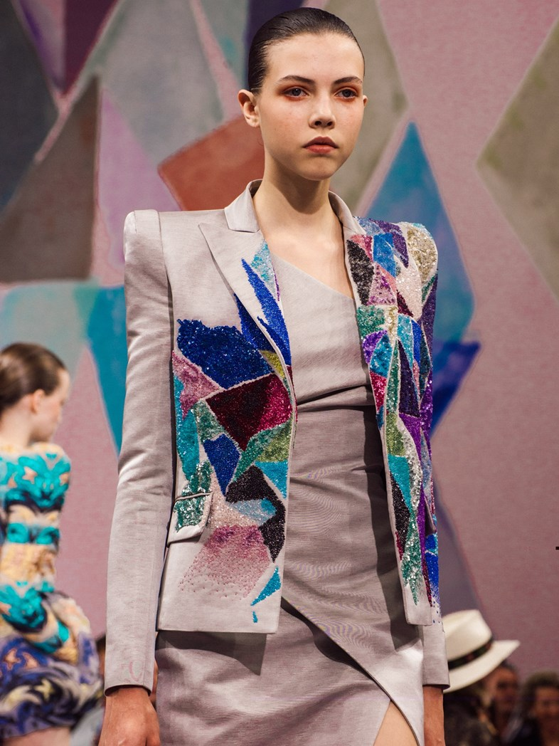 Runway Schiaparelli Fall 2016 Paris Haute Couture