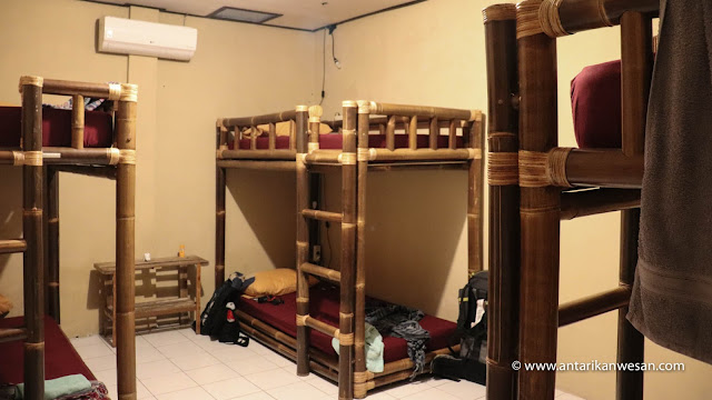 Losmanos Hostel, Yogyakarta, Jogja, Budget Backpacker Accomodation with pool