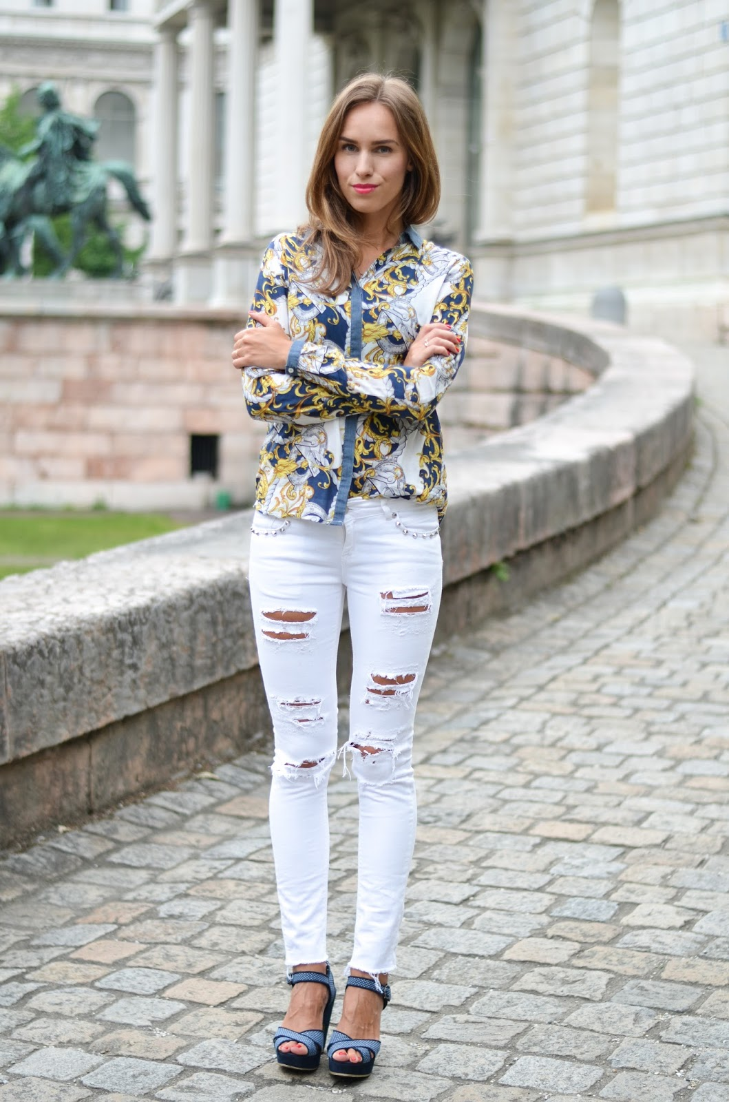 kristjaana mere printed button down ripped jeans casual outfit