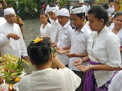 Hari Raya Saraswati Dalam Agama Hindu