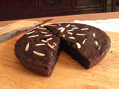Eggless Potato Chocolate Brownies Recipe  @ treatntrick.blogspot.com