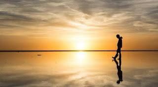 Cerita Motivasi,  Orang Berjalan Diatas Air