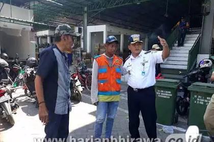Dongkrak PAD, Dishub Kabupaten Gresik Tertibkan Parkir Liar