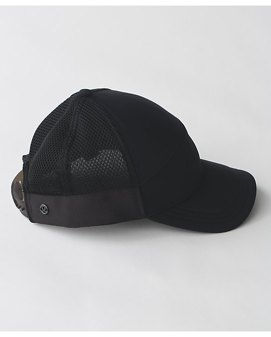 lululemon dash-and-splash-cap