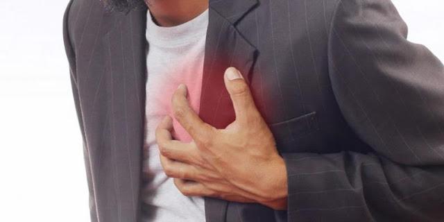 8 Kebiasaan Buruk yang Membahayakan Kesehatan Jantung