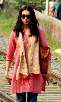 Dress no. 37 - Deepika in Red style kurta from Piku