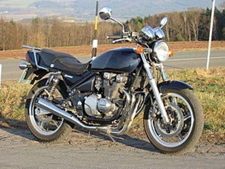 Kawasaki K210 akan di posisikan sebagai  pengganti Tiger dan Scorpio