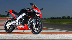 letest bike hd wallpaper44